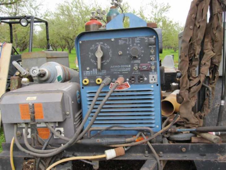 Wiring Diagram For No serial No. AEAD-200-LE - Miller Welding ... on miller welder schematic, soldering iron wiring diagram, ingersoll rand wiring diagram, miller welder carburetor, miller welder power supply, idealarc welder diagram, miller welder 225 parts breakdown, sullair wiring diagram, miller welder motor, millermatic 211 wiring diagram, hobart wiring diagram, miller welder coil, miller welder fuel pump, miller 2e welder diagram, miller welder alternator, miller welder frame, chicago pneumatic wiring diagram, miller welder starter, miller big 40 wiring-diagram, miller welder clock,
